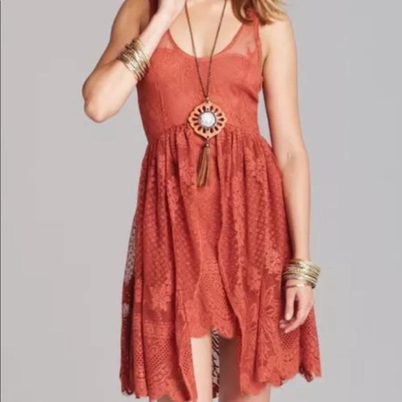 6a3e114080aa Free People Dresses   Skirts - 💕SALE💕FREEPEOPLE lace burnt orange highlow  dress